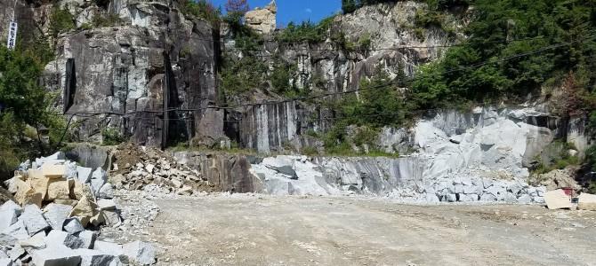 高砂市の竜山石の採れる山に行ってきました